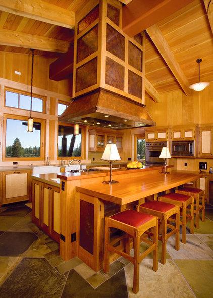 Craftsman Kitchen by Ryan Group Architects
