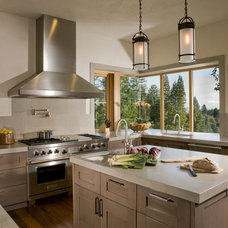contemporary kitchen by Saint Dizier Design