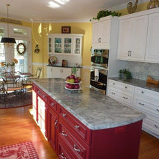 Traditional Kitchen by Set In Stone
