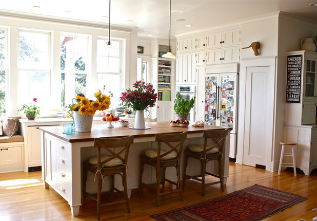 My houzz a hilltop family home in santa cruz for Building traditional kitchen cabinets by jim tolpin