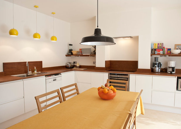 Contemporary Kitchen by Sheffield Sustainable Kitchens