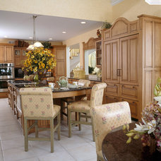 Traditional Kitchen by Sheila Rich Interiors, LLC
