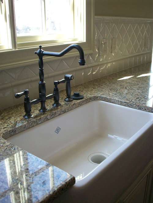 farmhouse sink with backsplash | houzz