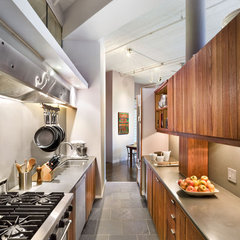 contemporary kitchen by Vanni Archive/Architectural Photography