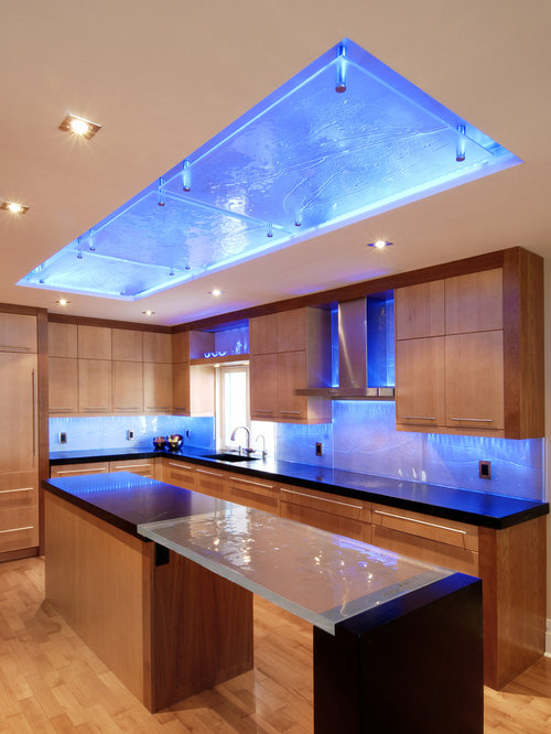 Good Kitchen Ceiling Lights Part - 2: Example Of A Trendy Kitchen Design In Ottawa With An Undermount Sink,  Flat-panel