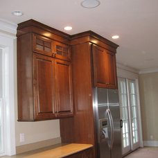 Traditional Kitchen Cabinets by Competitive Kitchen Designs, Inc.
