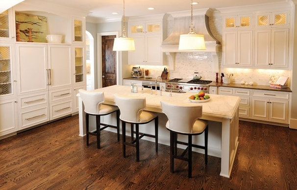 Traditional Kitchen by Traditions in Tile and Stone