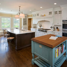 Traditional Kitchen by Steven Mueller Architects, LLC