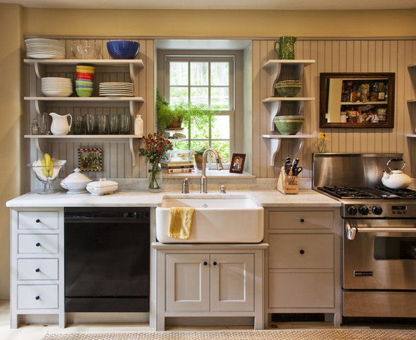 Traditional Kitchen by Fredendall Building Company