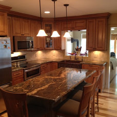 Traditional Kitchen by Stone Creek Builders