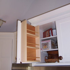Traditional Kitchen by Kent Cabinetry and Millwork Inc