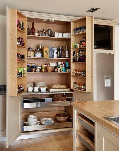 Современный Кухня by Roundhouse