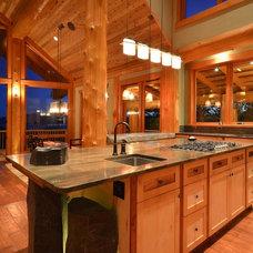 Modern Kitchen by Streamline Design Ltd. - Kevin Simoes
