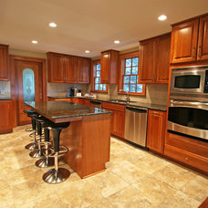 Traditional Kitchen by studio951
