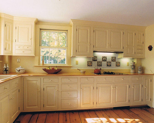 Best kitchen pantry with black appliances and yellow - Black and yellow kitchen ideas ...
