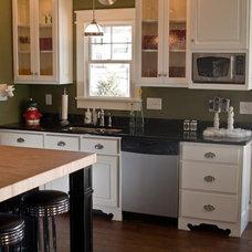 Craftsman Kitchen by Susan Rudd Designs