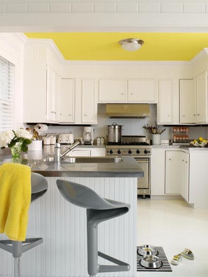 modern kitchen by Tara Seawright