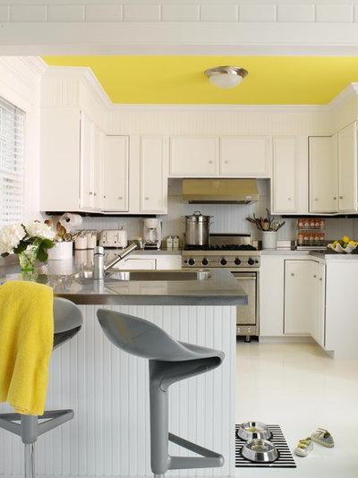 Contemporary Kitchen by Tara Seawright Interior Design