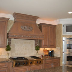 kitchen by Fabulous Finishes Inc
