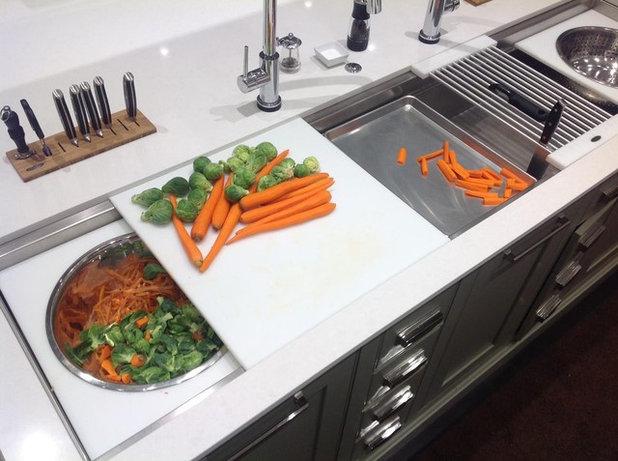 Quanti (e Quali) Taglieri Servono per Cucinare Bene?