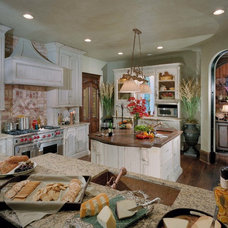 Traditional Kitchen by The Studio of Christopher Phelps