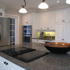 Traditional Kitchen by Otta Decorate!