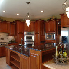 Traditional Kitchen by TS Construction