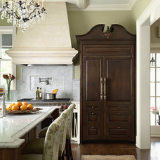 Traditional Kitchen by Twist Interior Design