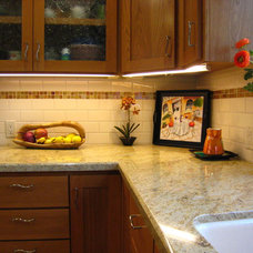 Traditional Kitchen by Residential Remodeling & Rejuvenation Inc