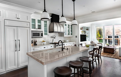 Kitchen of the Week: Good Flow for a Well-Detailed Chicago Kitchen