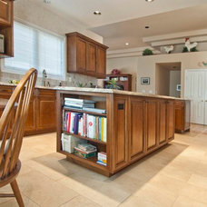 Traditional Kitchen Islands And Kitchen Carts by Unique Design Cabinet Company