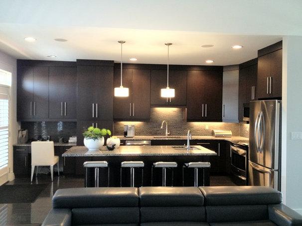 Modern Kitchen by urbanescape inc