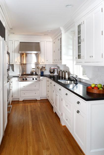 Traditional Kitchen by AHMANN LLC