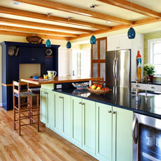 Traditional Kitchen by AHMANN LLC