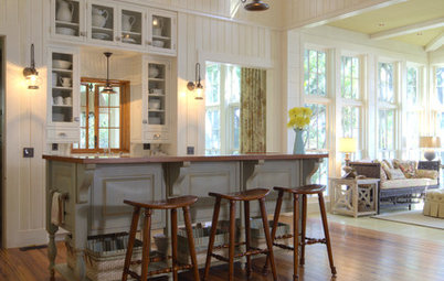 9 Flooring Types for a Charming Country Kitchen