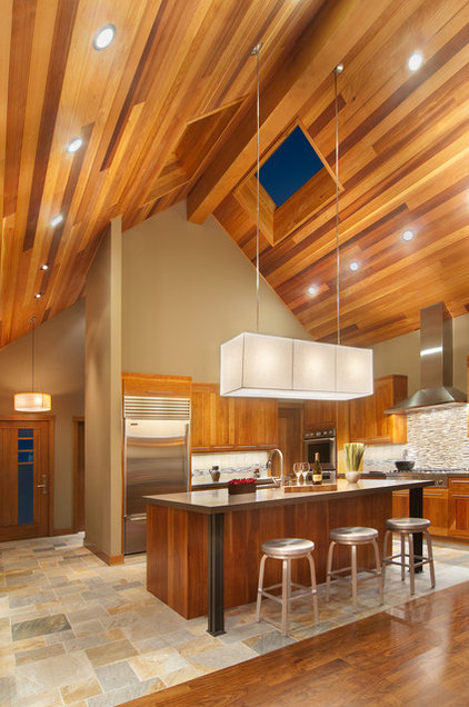 Contemporary Kitchen by Ward-Young Architecture & Planning - Truckee, CA