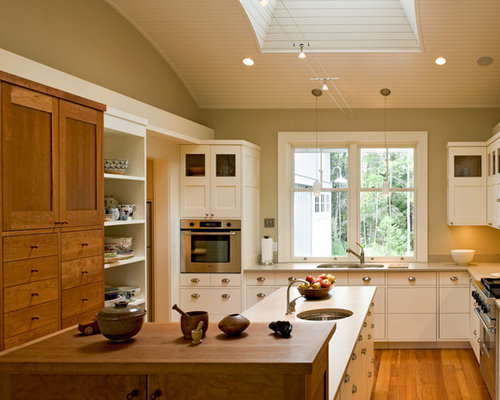 Mixed Wood Cabinets Home Design Ideas Pictures Remodel