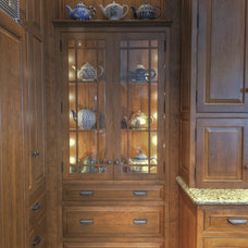 Kitchen by Colonial Craft Kitchens, Inc