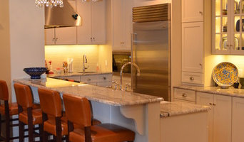 Kitchen with Bar Height Dining