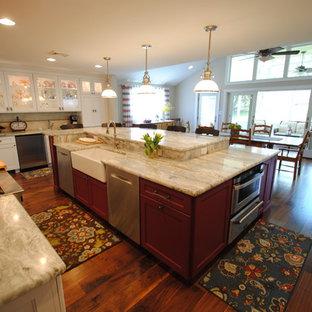 Transitional kitchen photos - Kitchen - transitional kitchen idea in Philadelphia