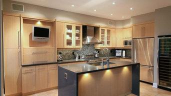 Kitchen with Island - Buttonville, Markham