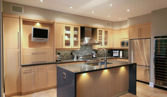 Kitchen with Island - Buttonville, Markham