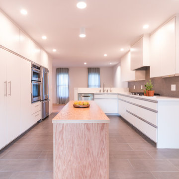 Kitchen with Island Counter
