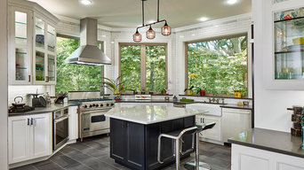 Kitchen with panoramic views