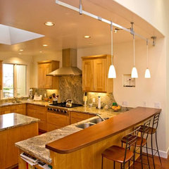 contemporary kitchen by Bill Fry Construction - Wm. H. Fry Const. Co.