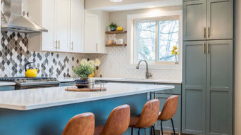 Kitchen with Two tone cabinetry