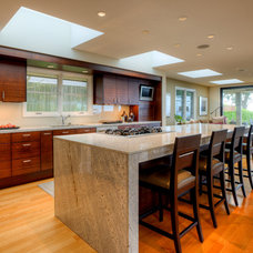 Contemporary Kitchen by Dan Nelson, Designs Northwest Architects