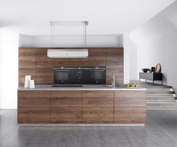 Contemporary Kitchen by Siemens Home UK