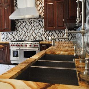 Kitchen: Woodstone