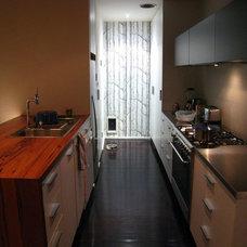 Contemporary Kitchen by imag_ne design + construction